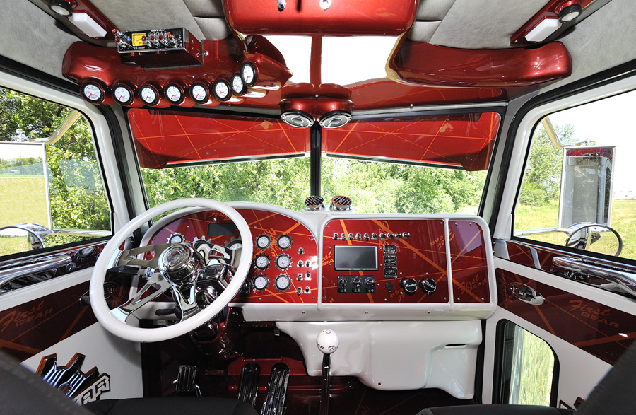 January feature for Wood floor for 379 peterbilt